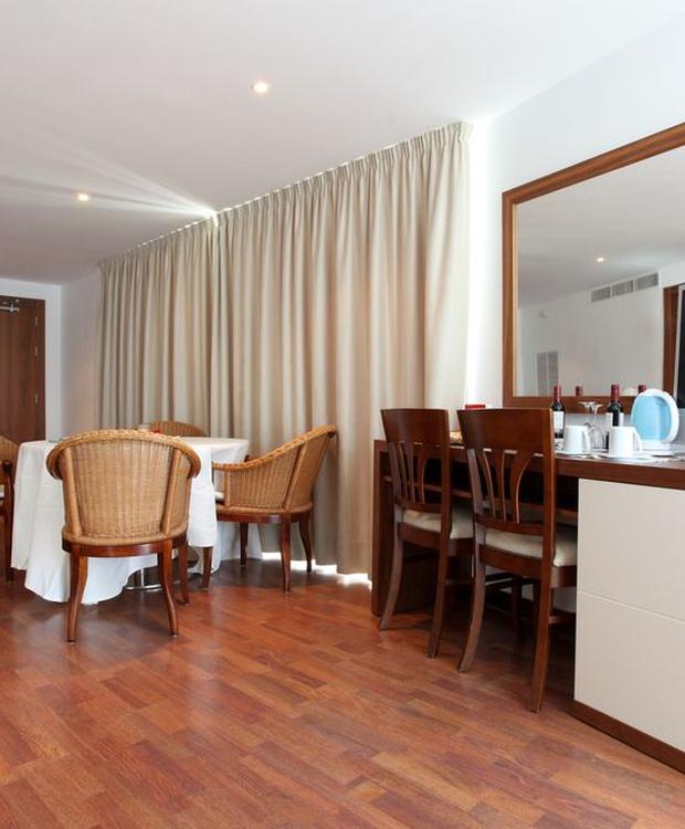 Suite Hotel Los Geranios